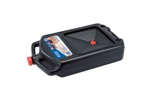 PORTABLE 8 LITRE OIL DRAIN PAN. Designed for recovery of oil and anti-freez