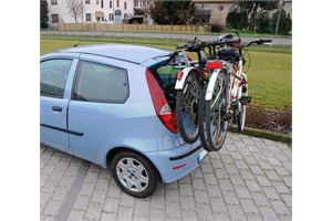 The Nordrive T3 is ideal for loading up to 3 bike on the back of your vehic